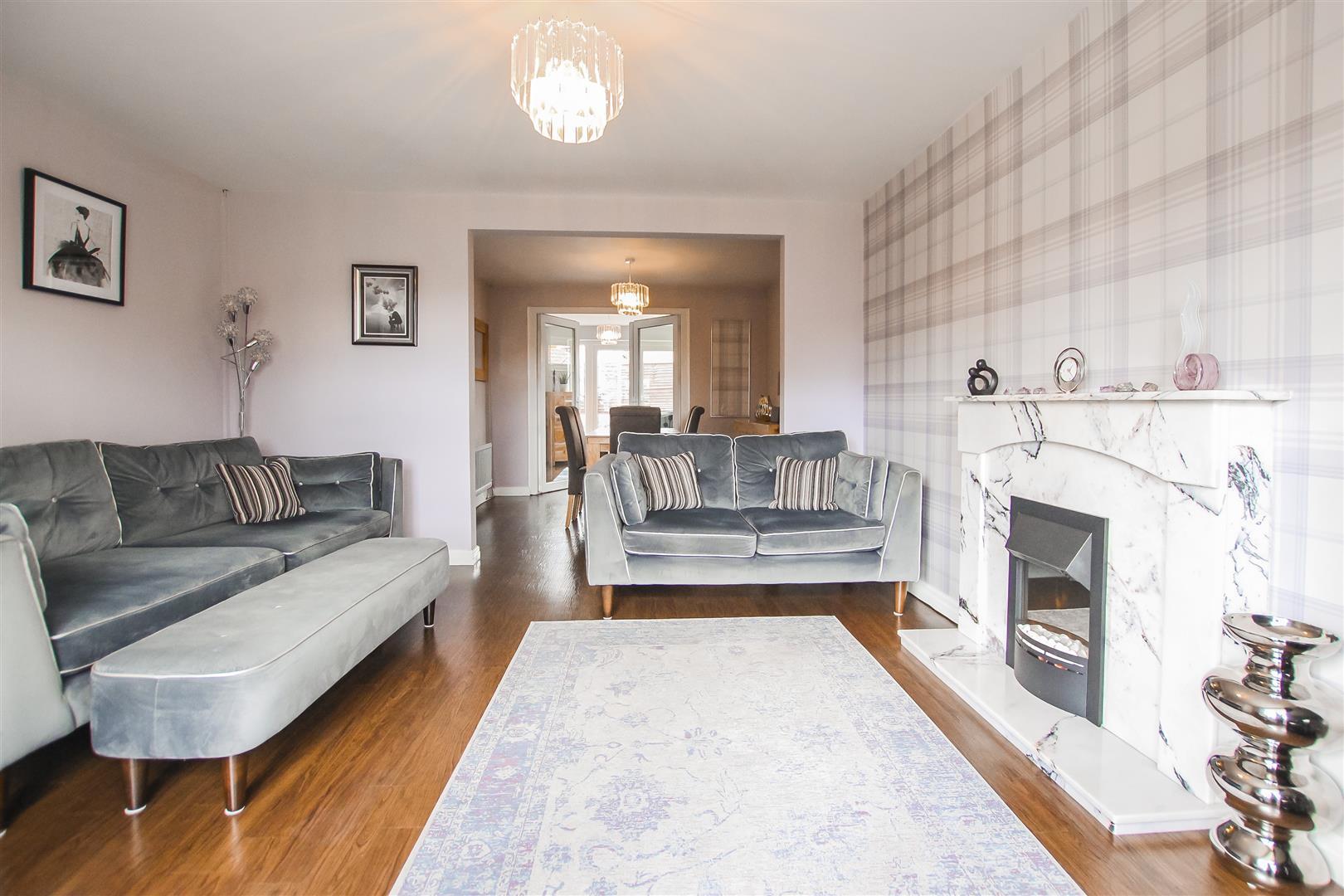 4 Bedroom Detached House For Sale - Image 17